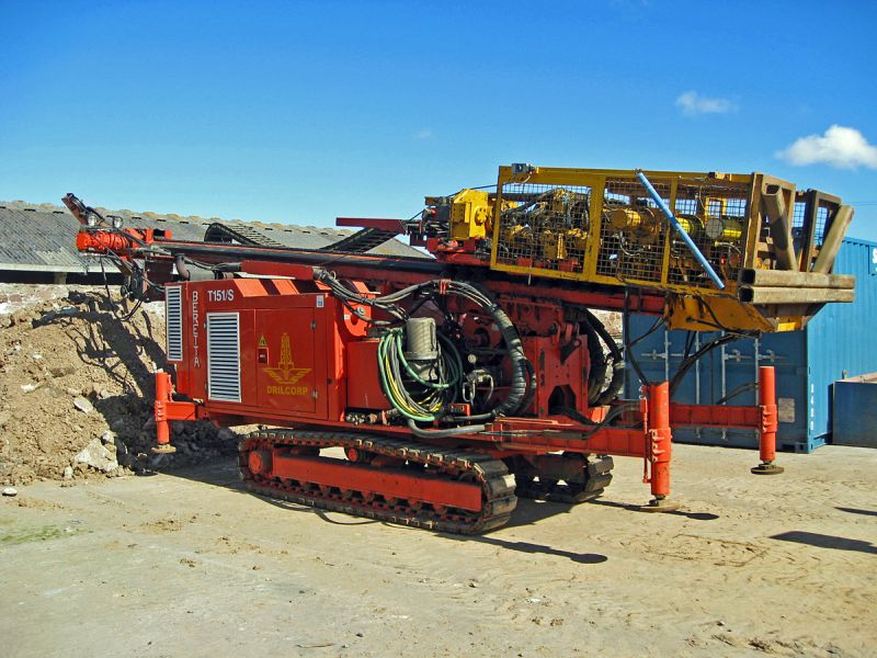 Drilcorp's Beretta T151S track-mounted, top-drive drilling rig arrives on site.